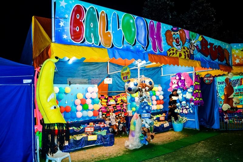 Balloon burst carnival game Brisbane Sideshows